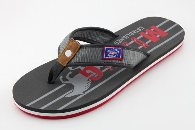Nadměrná obuv - žabky MUSTANG MU4113 graphit