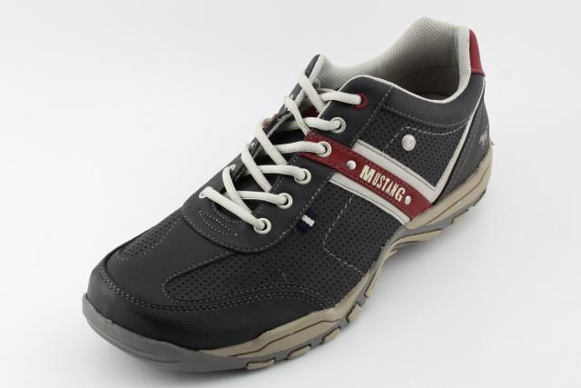 Nadměrná obuv MUSTANG MU4027 schwarz/rot