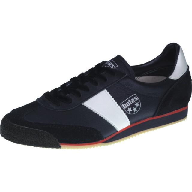 sportovní obuv pro nohejbal a trénink 973a8f5a20