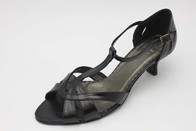 Společenská obuv nadměrná MW115