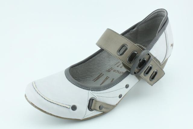 Nadměrná obuv MUSTANG MU213