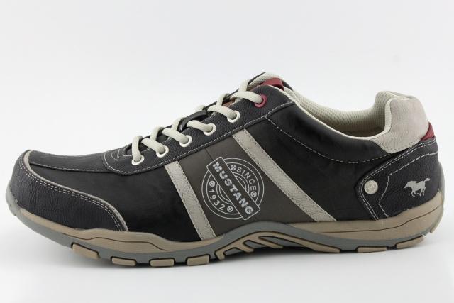 Specifikace · Doporučujeme (0). Nadměrná pánská obuv MUSTANG. f975dcb0a18